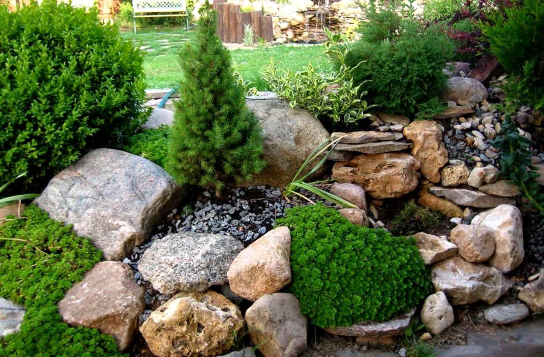 Бутовый камень для оформления загородных коттеджей