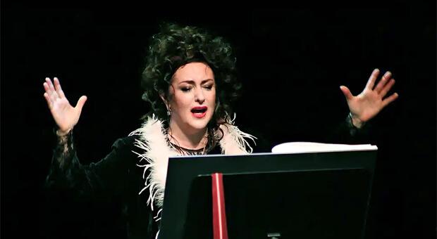 Тамара Гвердцители в моноспектакле «Человеческий голос». Relax FM приглашает в «Геликон-оперу» - Новости радио OnAir.ru