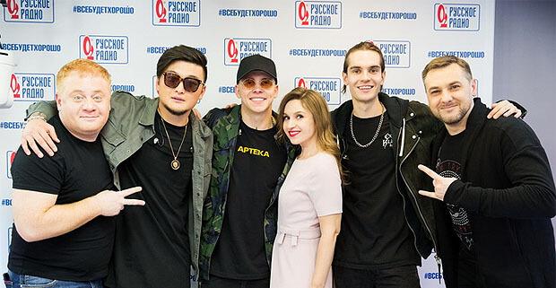Группа MBAND выступила с живым концертом на «Русском Радио» - Новости радио OnAir.ru