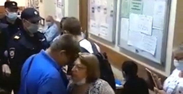 Иван Голунов узнал, что полицейский, напавший на журналиста Давида Френкеля, возможно, занят бизнесом - Новости радио OnAir.ru