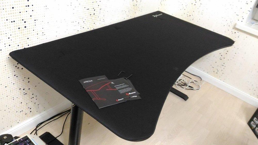компьютерный Стол для компьютера Arozzi Arena Gaming Desk -