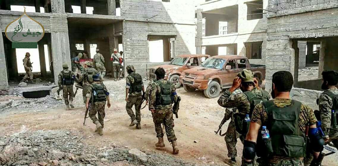 В оккупированный Докучаевск прибыло около 30 спецназовцев российского ГРУ и 6 грузовиков с наемниками, - ИС - Цензор.НЕТ 9513