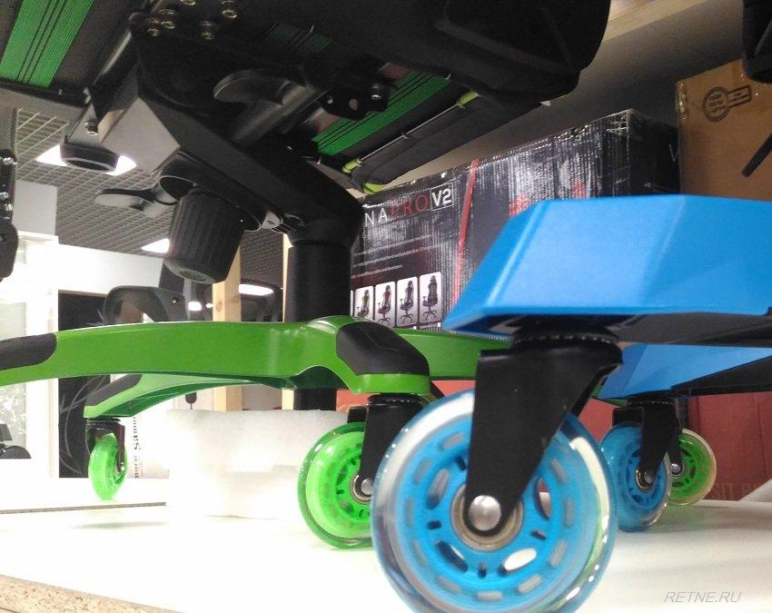 синие мягкие колёса для кресел