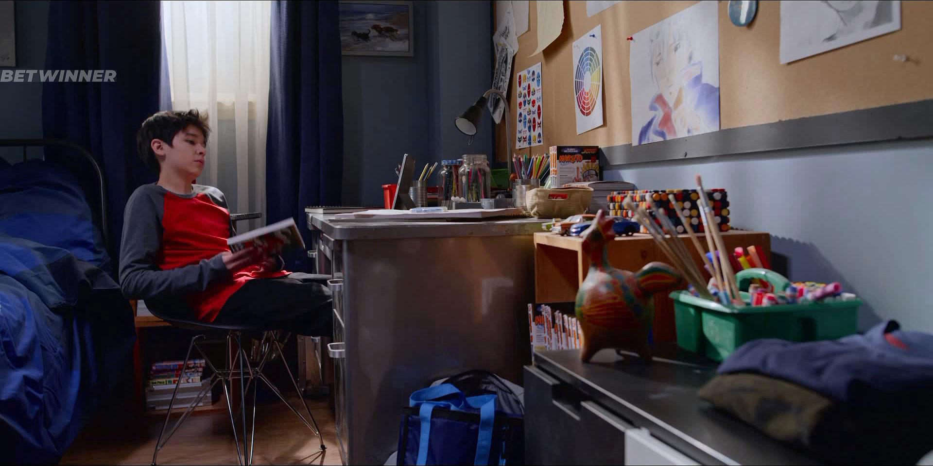 Послания призрака (1 сезон: 1-13 серии из 26) (2019) WEBRip 1080p | Octopus