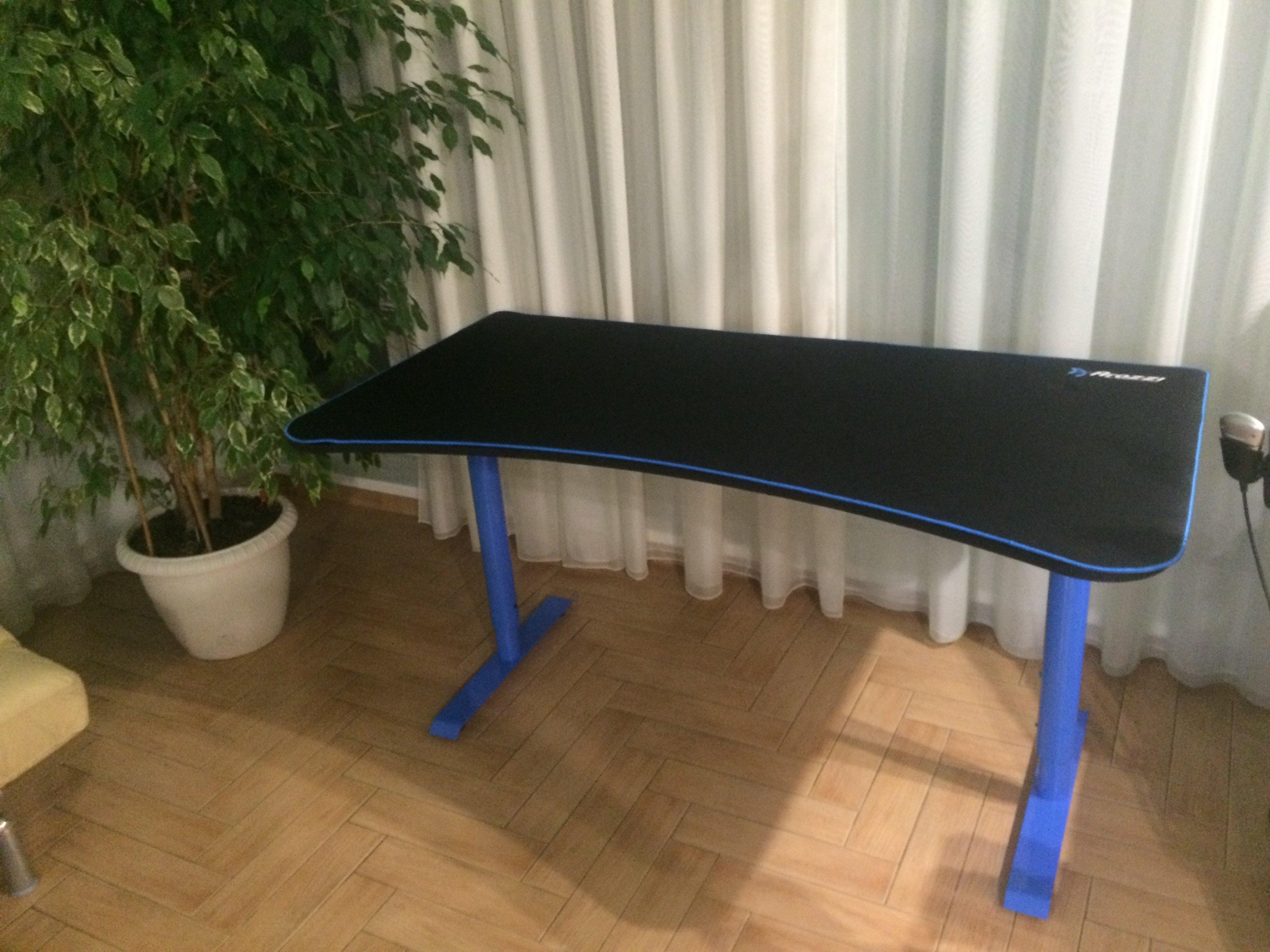 Стол Синий  Arozzi Arena Gaming Desk