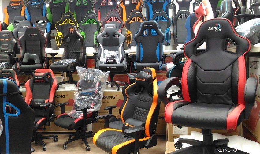 Кресло игровое Aerocool AC60C AIR, до 100 кг, цвет черно-красный