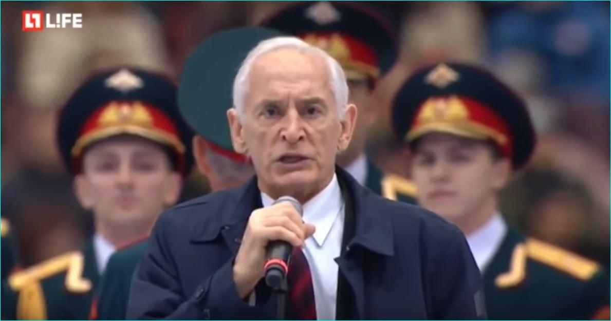 Когда Василий Лановой запел — весь стадион встал