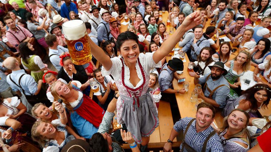 Минкомсвязи поддержало закон о рекламе пива в спортивных трансляциях - Новости радио OnAir.ru
