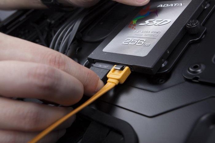 Подключение SSD диск к компьютеру