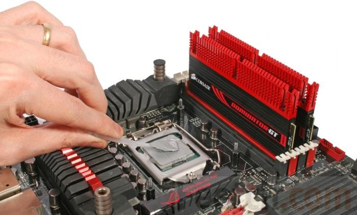 Как нанести термопасту на процессор компьютера