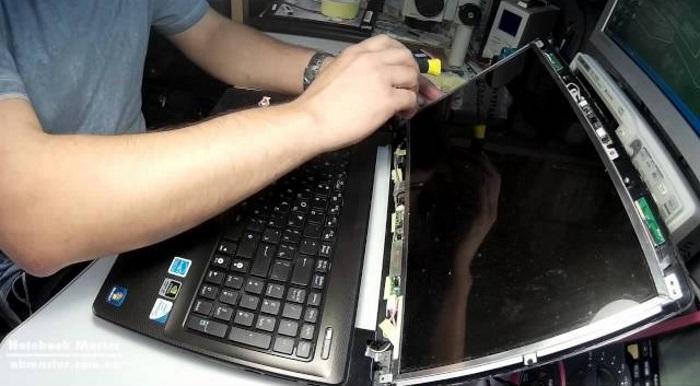 Ремонтируем крепление крышки ноутбука