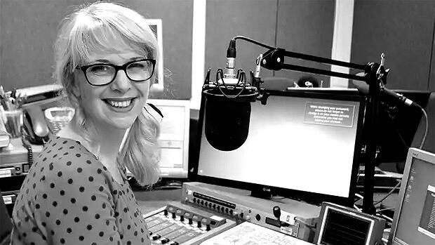 Радиоведущая ушла домой посреди эфира и покончила с собой - Новости радио OnAir.ru