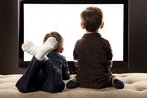 Телевизор убивает в наших детях всё творчество и фантазию