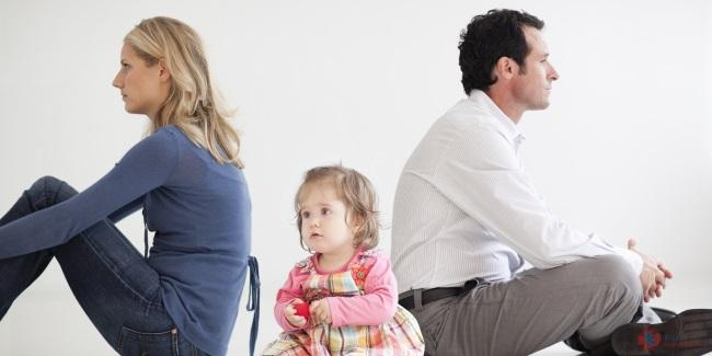 Как правильно сообщить ребенку о разводе?