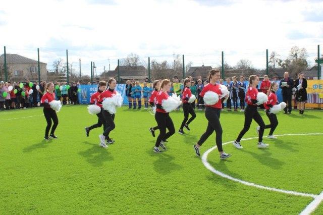 Сучасне футбольне міні-поле відкрили в Миляцькій ОТГ
