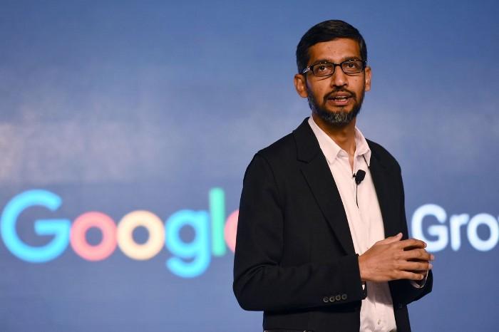 Google обвиняет Apple в продаже конфиденциальности