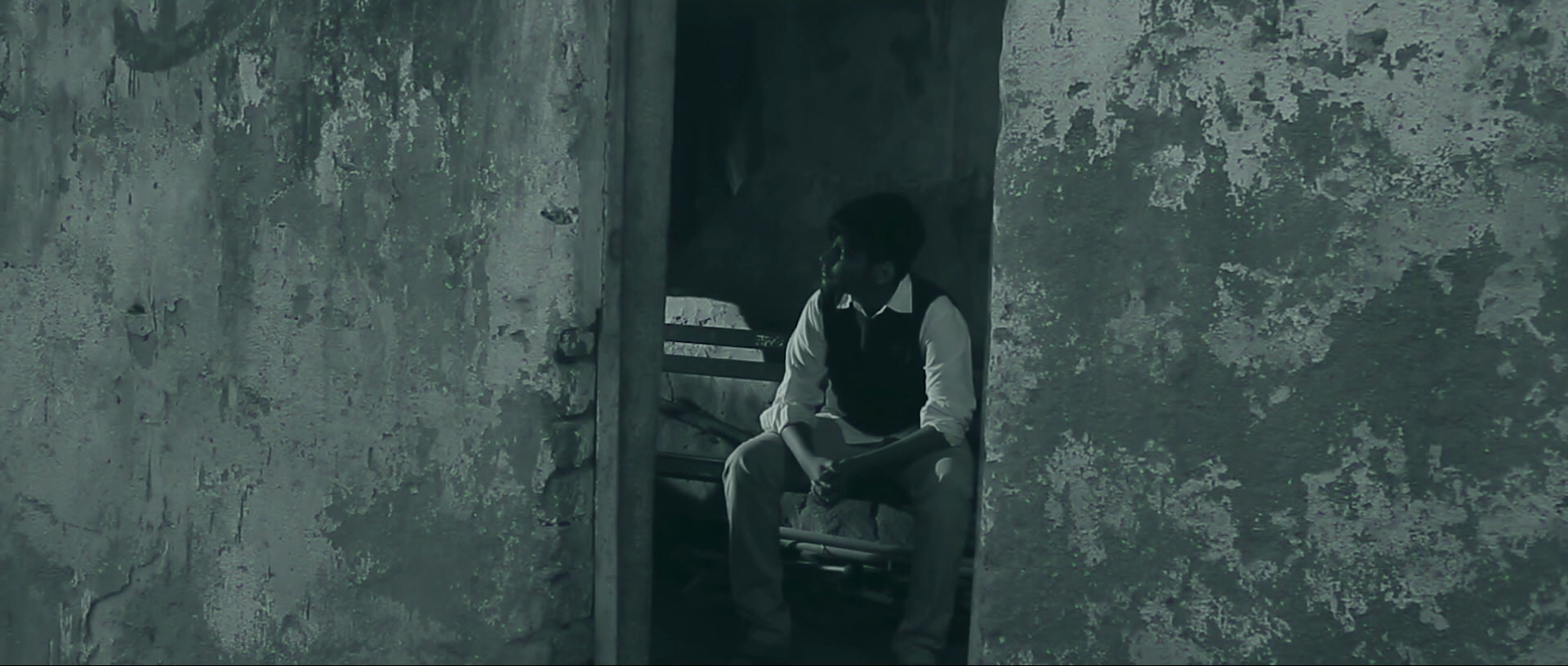 Redrum (2018) Hindi - 1080p - WEB-DL - DD5.1 - H264-NG