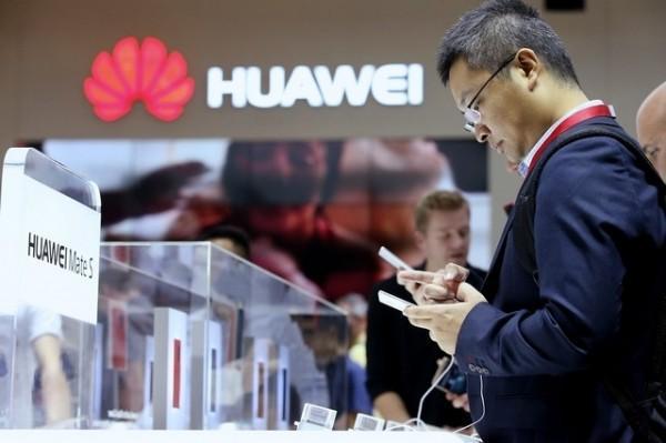 Huawei повышает инвестиции в исследования и разработки