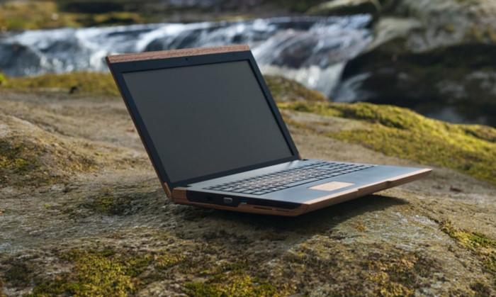Деревянный ноутбук уменьшает электронные отходы