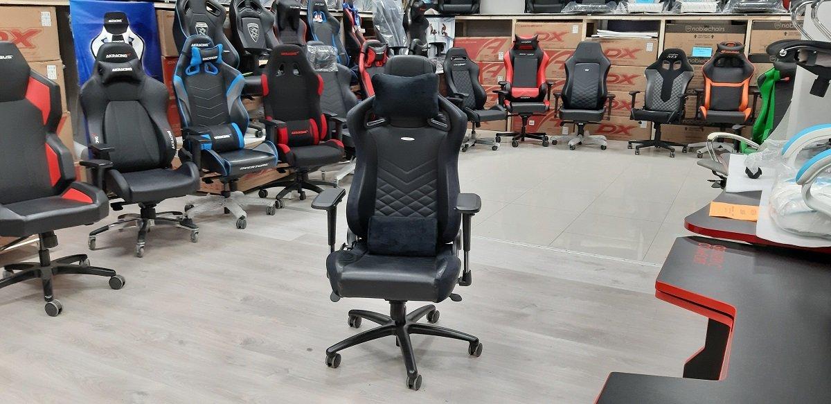 игровое кресло Noblechairs  EPIC Black