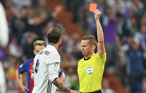 Ни одной красной карточки в 2018 году