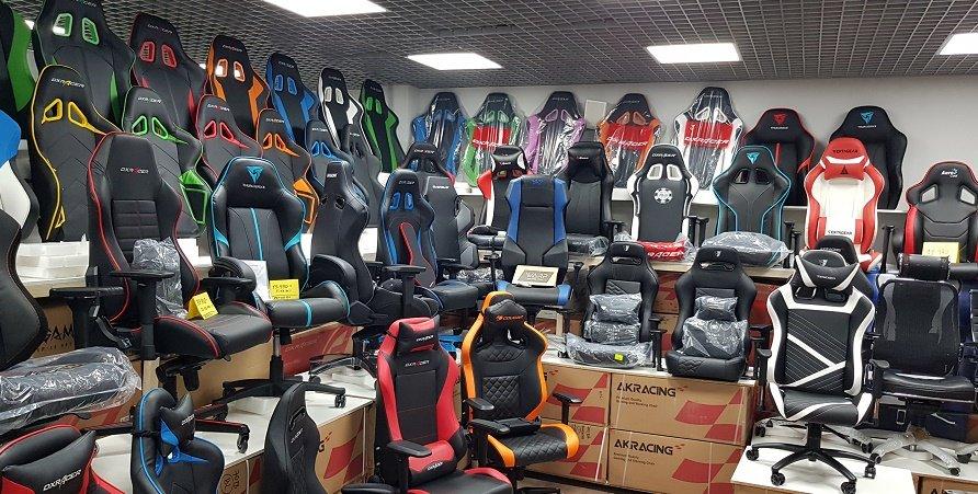 Кресло компьютерное TESORO Zone Speed F700