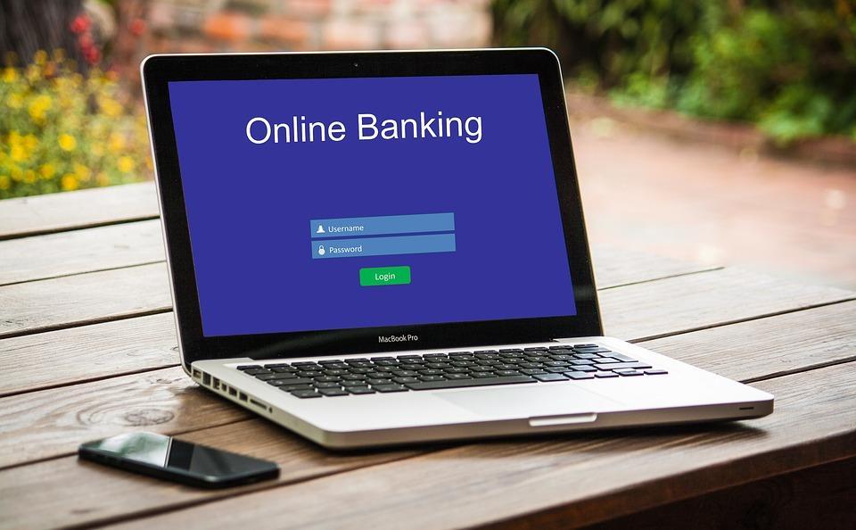 Каждый второй онлайн-банкинг уязвим для краж