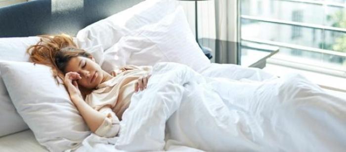 Спать или не спать ногами к выходу