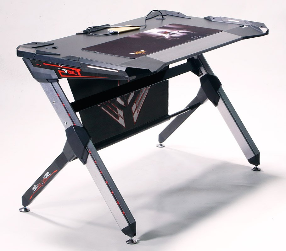 Геймерский компьютерный стол  для профессиональных киберспортсменов