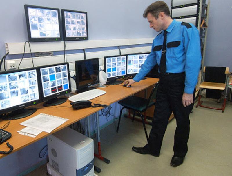 Организация охраны складов и подсобных помещений