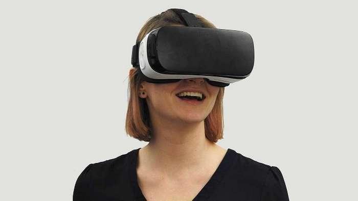 Коллизия продаж устройств VR