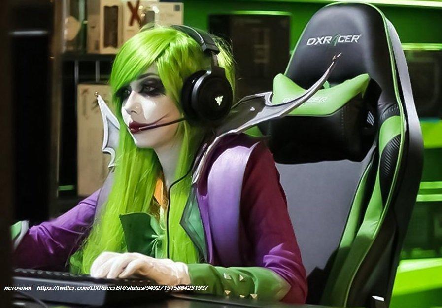 зелёное кресло