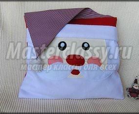 Подушка Санта к Рождеству и Новому Году 1411467036_podushka-santa-056.1546147392