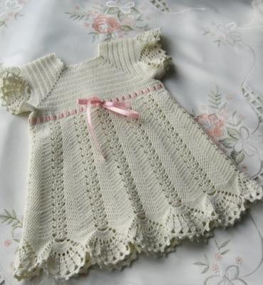 Нежное платье для крещения 48noefwt7ps.1552795485