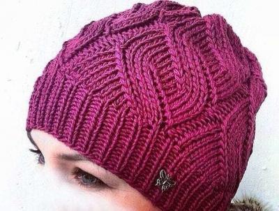 Яркая шапочка спицами Jarkaja-shapochka-spicami-images-big.1546408303