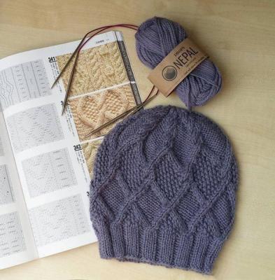 Тёплая шапочка с аранами Tyoplaja-shapochka-s-aranami-images-big.1547356559